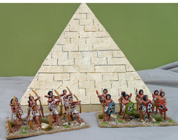 Early Egyptian Archers and Spearmen painted by Colin Knight\\n\\n11/08/2011 09:39